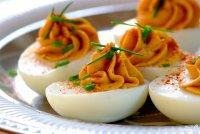 Фаршированные яйца: варианты начинки