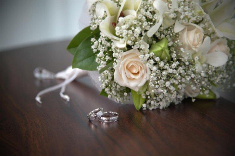 Британка решила выйти замуж за саму себя