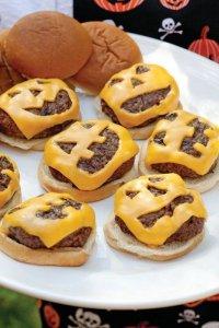 Страшные бутерброды на Хэллоуин