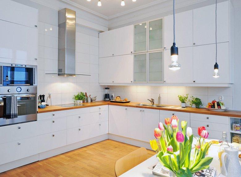 Плюсы и минусы белой кухни