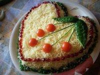 «Сердечный» салат из курицы с сыром