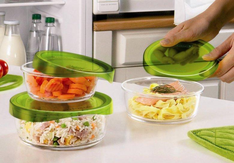 Как убрать запах из пластиковых пищевых контейнеров