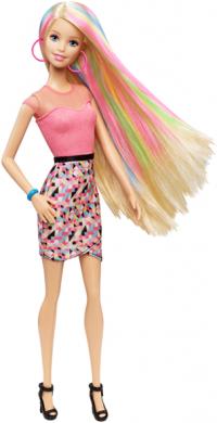 Создавай прически вместе с Barbie® из серии «Игра с модой»!