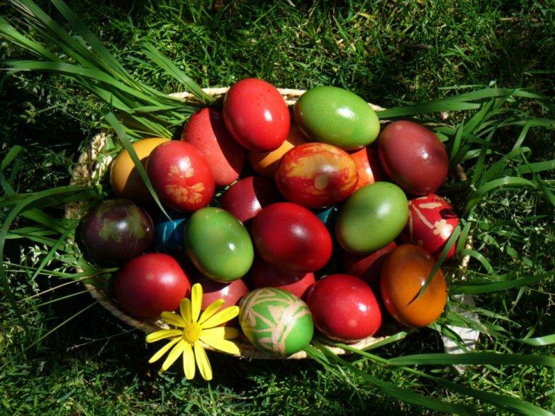 Чем нельзя красить яйца на Пасху?