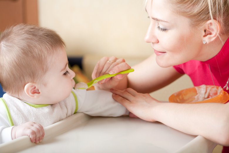 Прикорм ребенка по Комаровскому