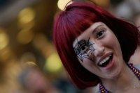 Простой макияж на Хэллоуин: паутинка