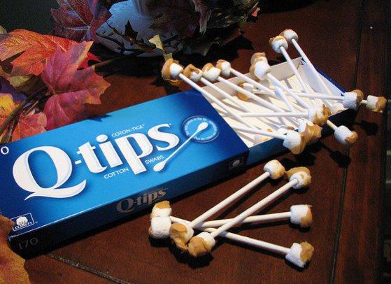 Блюда на Хэллоуин: использованные ушные палочки