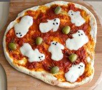 Пицца с привидениями на Хэллоуин