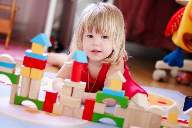 Как выбрать безопасную игрушку для ребенка