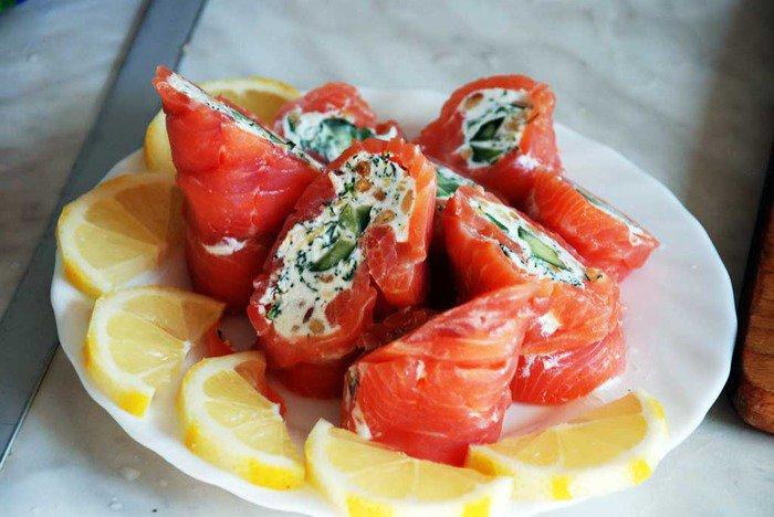 Рыбная закуска «Суши наизнанку»