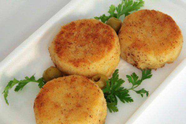 Меню в пост: картофельные котлеты с луком