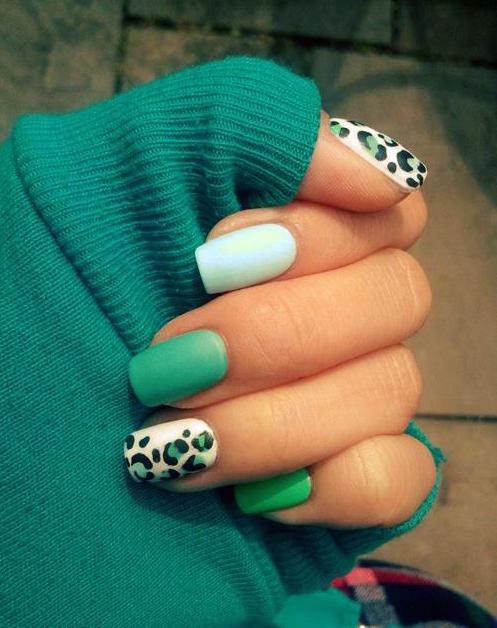 Леопардовый маникюр снова в моде