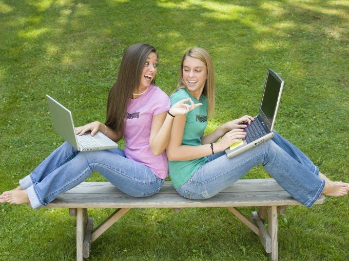 Куда обращаются подростки, если у них есть проблемы