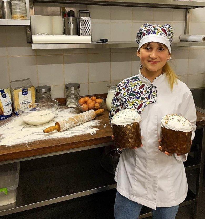 Анастасия Евдоченко приглашает  всех к благотворительности в праздник Пасхи